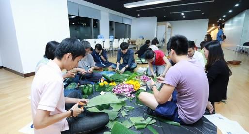 ลอยกระทงสานสัมพันธ์ไทย – ญี่ปุ่น ประจำปี 2557
