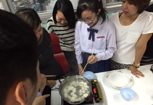 Exchange Corner กิจกรรมแลกเปลี่ยนภาษา ตอน ขนมดังโงะในเทศกาลชมจันทร์