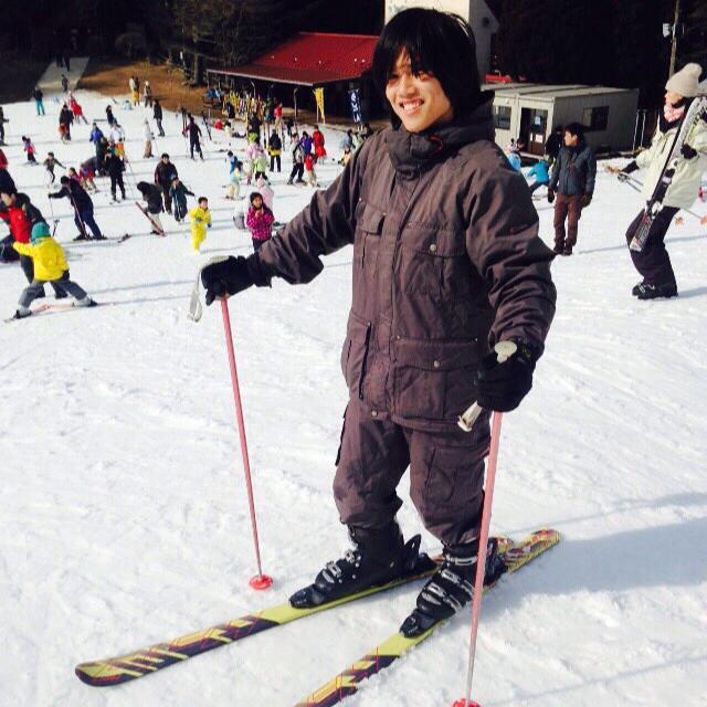 แนะแนว เรียนต่อ ญี่ปุ่น  เล่นสกี